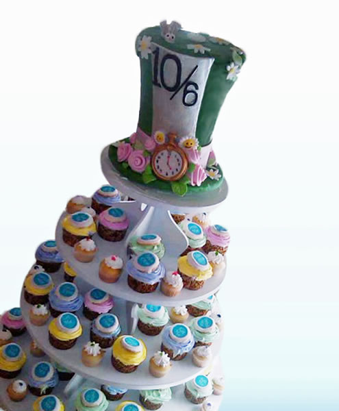 mad hatter wedding cake toppers mad hatter cupcake tower maddies cakes 16979